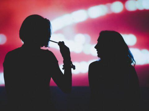"""""""Lovemobil"""" – NDR diskutiert über gefälschten Dokumentarfilm / ZAPP Spezial: Zu schön, um wahr zu sein? Lehren aus """"Lovemobil"""" / Mittwoch, 31. März 2021, 22:00 Uhr bis 22:45 Uhr im NDR Fernsehen"""